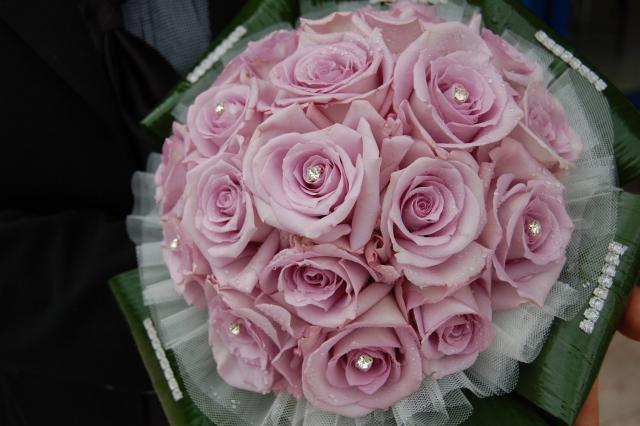 Bouquet Romantico Sposa.Il Bouquet Romantico Per Tutti Gli Abiti Da Sposa Donne Sul Web
