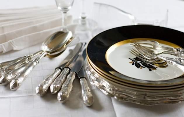 Posate d 39 argento cosa dice il galateo donne sul web - Regole del galateo a tavola ...