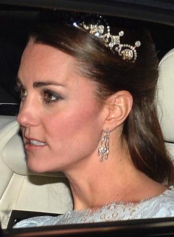 Kate middleton archivi donne sul web for Tiara di diamanti