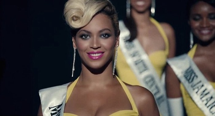 Beyonce Pretty hurts immagine da You Tube