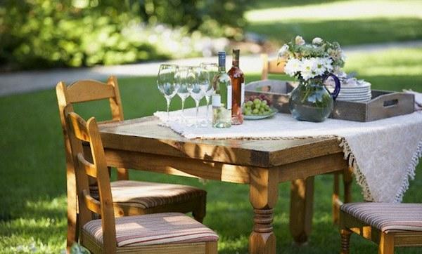 Tavola in terrazza e in giardino le regole per for Tavola e sedie