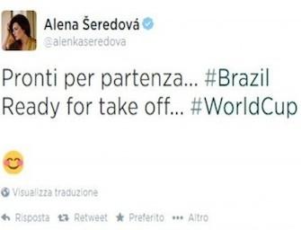 Alena Seredova vola con i figli in Brasile per seguire Buffon e l'Italia