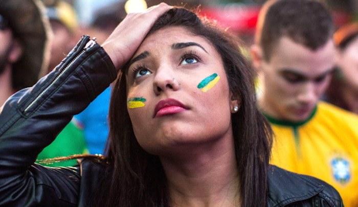 Tifosa-brasiliana-Brasile-Olanda