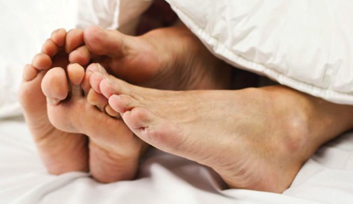 Il segreto di un matrimono felice dormire nudi donnesulweb - Scene di amore a letto ...