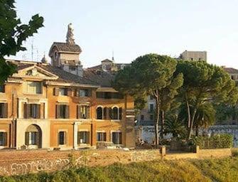 Roma: infermiere ex candidato alla Camera arrestato per molestie sessuali