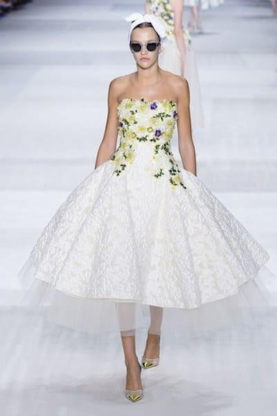 Valli abito alta moda bianco con fiori