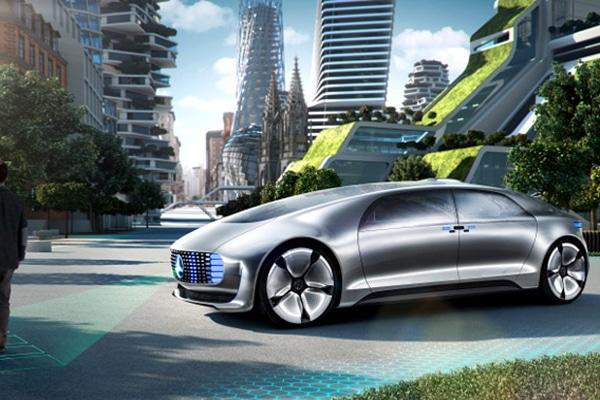 Auto del futuro Mercedes-Benz F05
