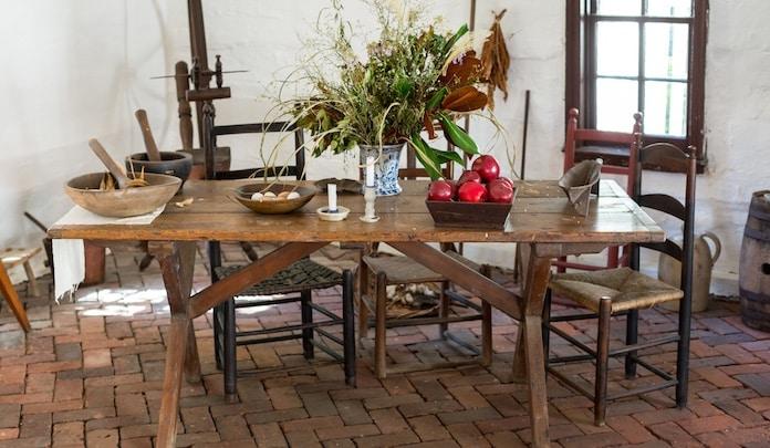 Come apparecchiare una tavola rustica donnesulweb for Tavola per cucina