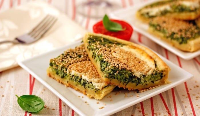 torta salata spinaci caprino e sesamo