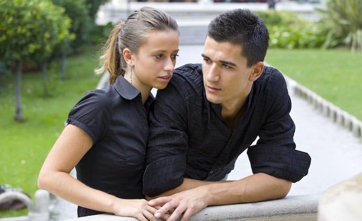 Molto Essere fidanzati significa perdere le amicizie importanti? 3  JE44