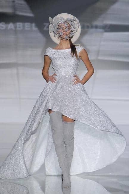 e9b46884edb2 abito da sposa e stivali