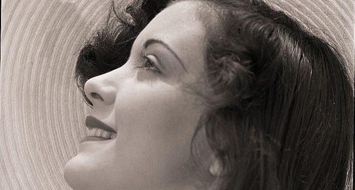 viso donna anni 1950