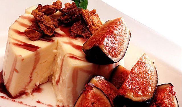 Cheesecake senza cottura ricetta con fichi