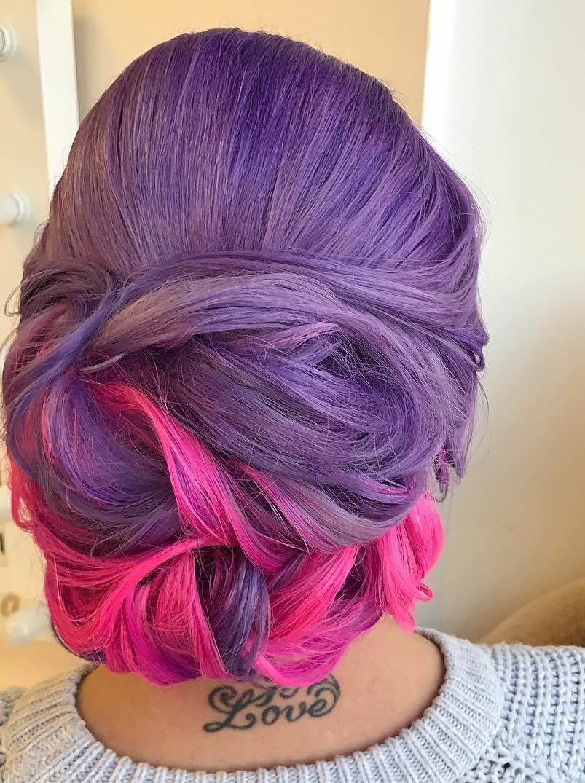 acconciatura per sposa 2018 capelli viola rosa