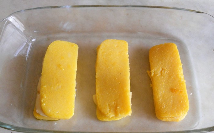 Sandwich di polenta filanti