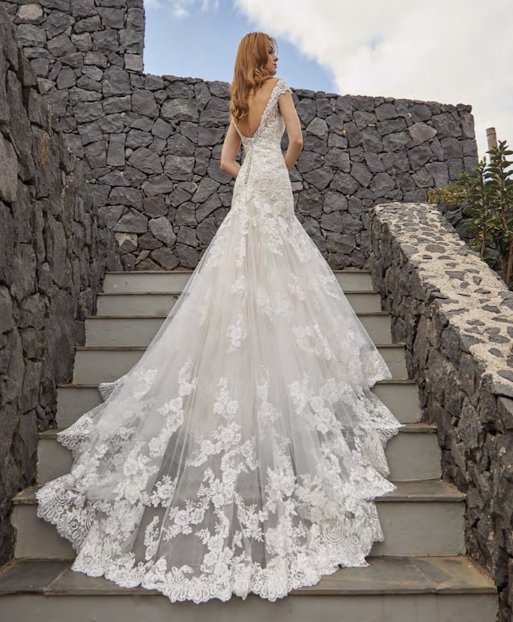 d9253d6513f6 Le collezioni abiti da sposa 2019. I 115 vestiti più belli. Foto ...