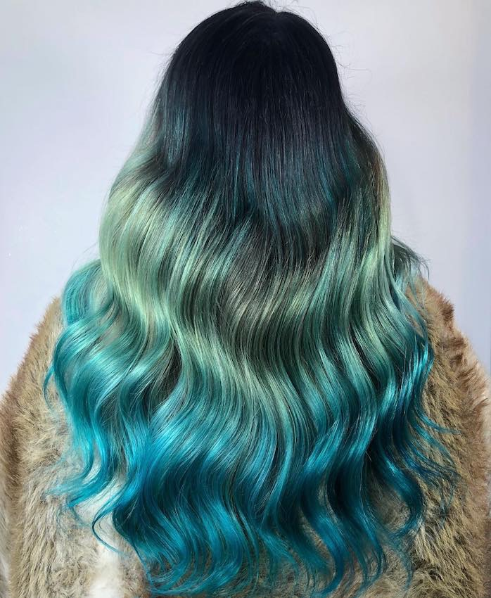 capelli lunghi blu estate 2018