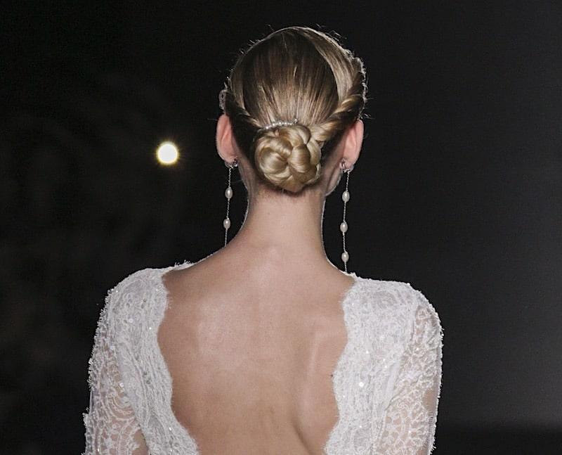Acconciatura sposa 2019 chignon basso