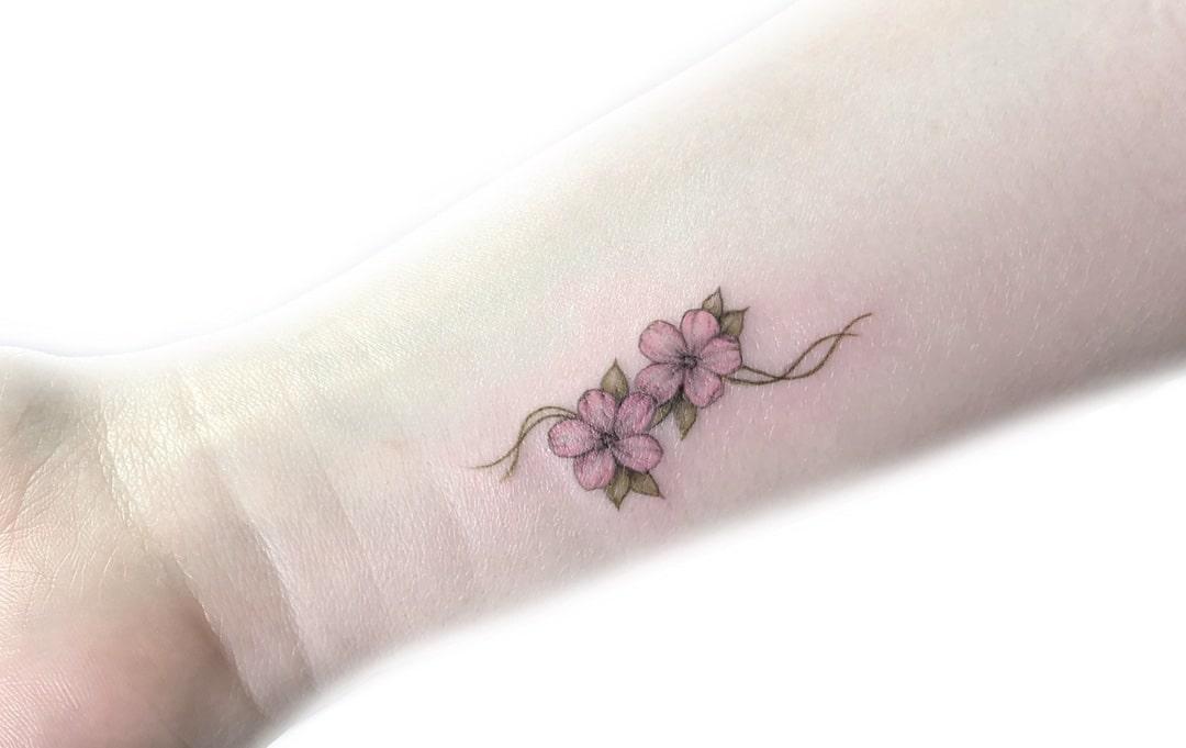 Tatuaggi piccoli: 45 idee originali, scritte, simboli ...