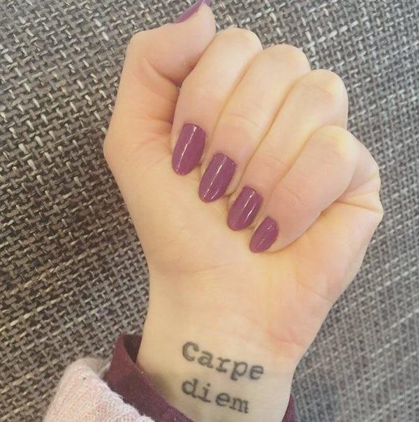 polso tatuaggio scritta significato