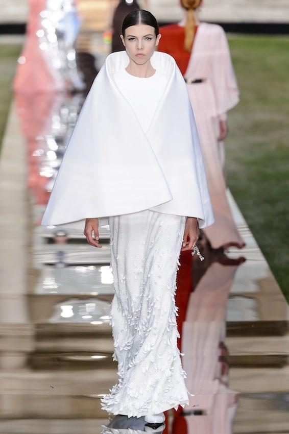 Vestiti bianchi invernali