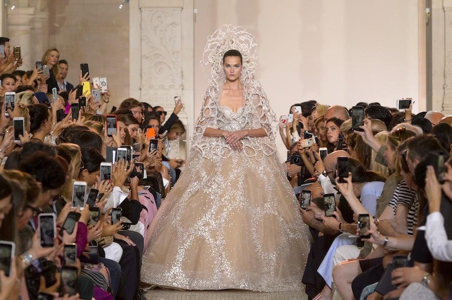 Elie-Saab-sposa-alta-moda-inverno-2018-2019.