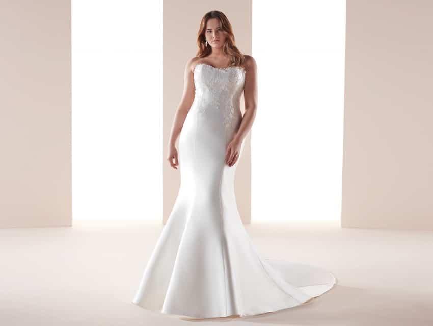 abito da sposa per taglie forti 2019-Nicole