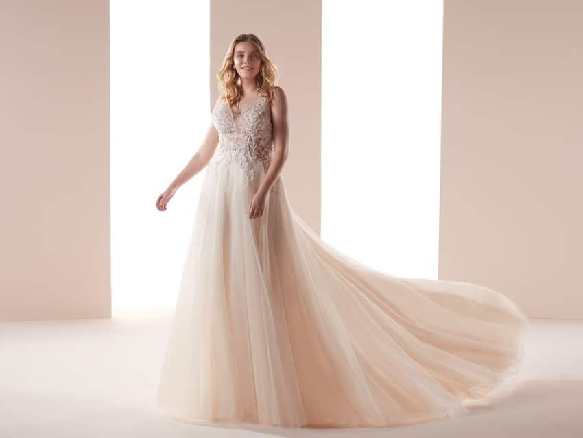 nicole sposa curvy 2019-
