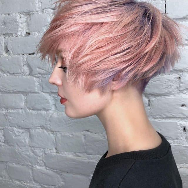 Capelli corti colorati 2019 rosa