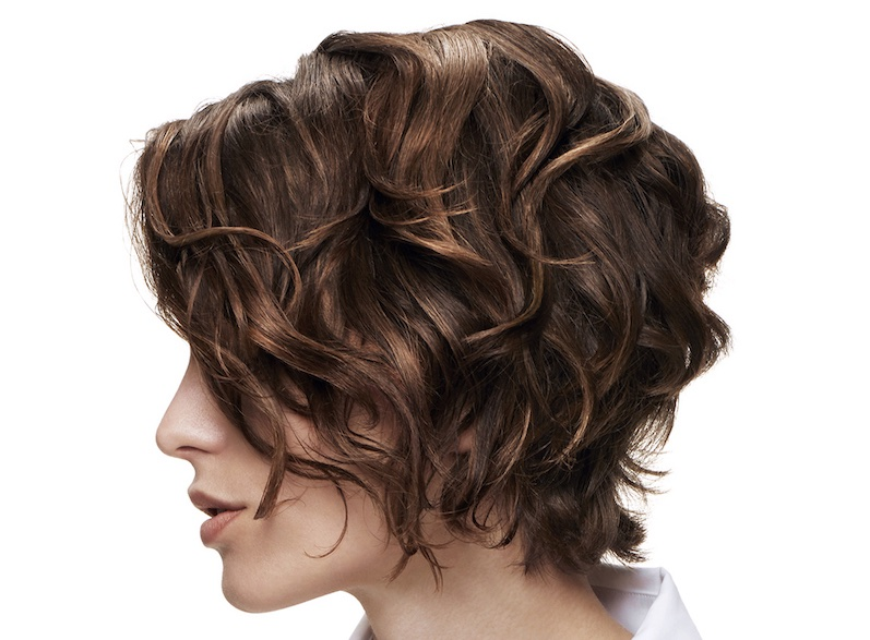 capelli ondulati corti 2019