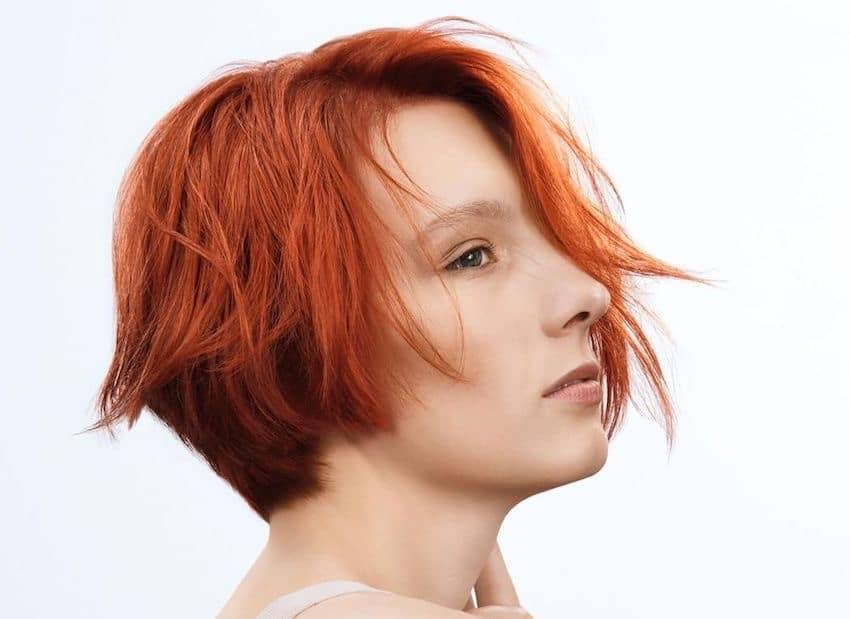 Taglio di capelli medi biondi