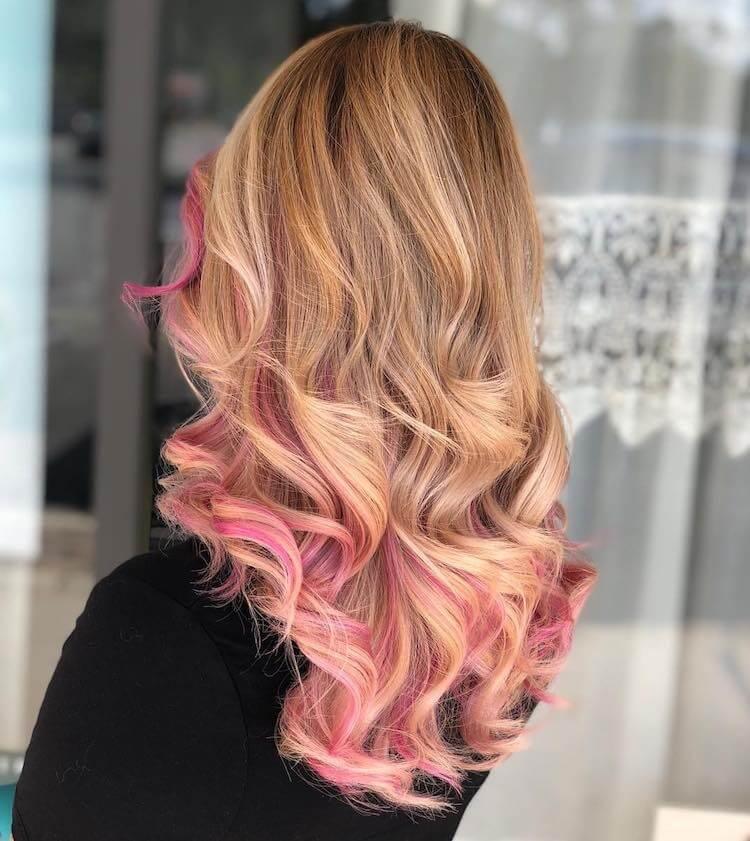 Capelli colorati 2019  tutte le sfumature di colore in 50 immagini 2d5d8ce30451