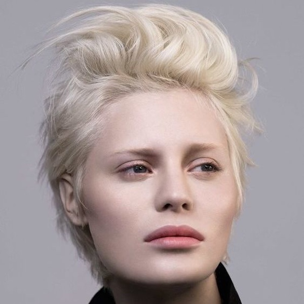 Taglio capelli corti con ciuffo 2019