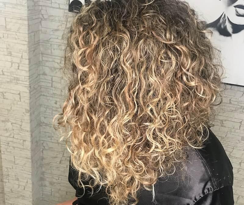 rebeca instagram capelli ricci