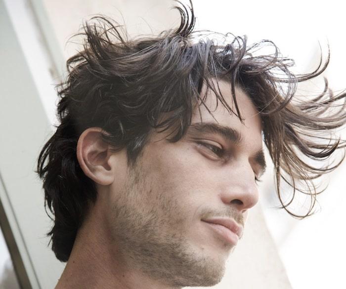tagli-capelli-uomo-2019-ciuffo-spettinato 99ae82a9ef51