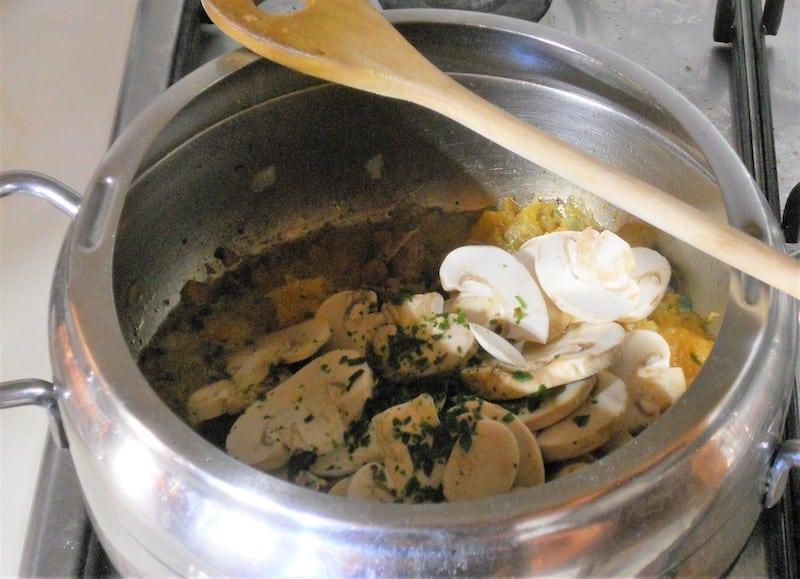 Minestra di zucca e champignon 4