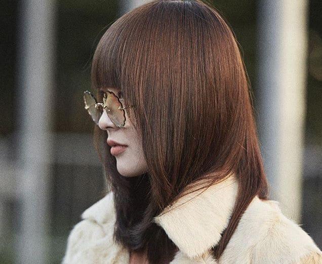 capelli castani 2019 moda street style parigi