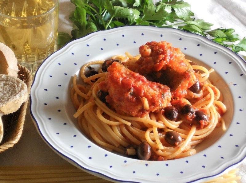 Ricetta pasta con baccala al sugo di pomodoro