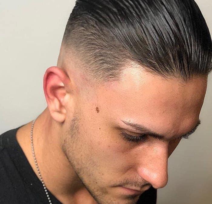 tagli capelli corti uomo  idee  tendenze foto