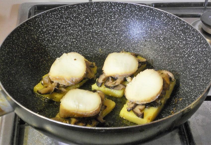 Polenta con funghi e formaggio 5