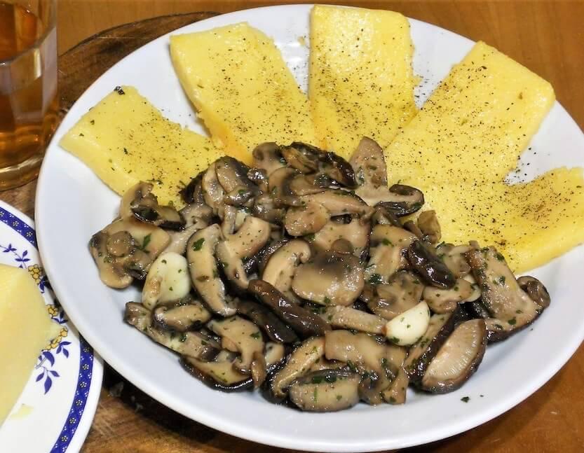olenta con funghi trifolati ricetta