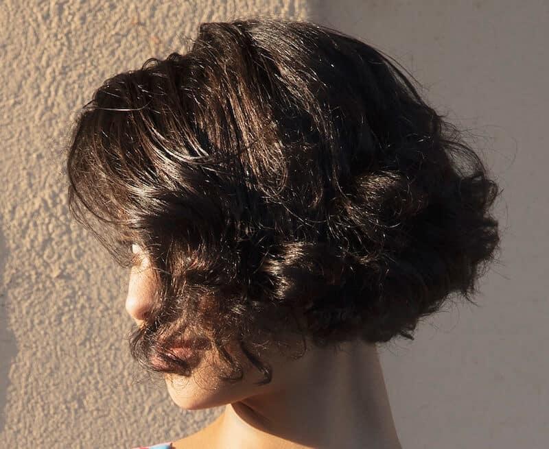 capelli castani scuri colore estate 2019