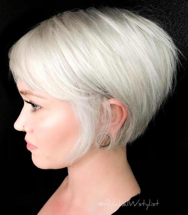 store come serch qualità perfetta Capelli bianchi: 25 tagli, tinte e pettinature affascinanti ...