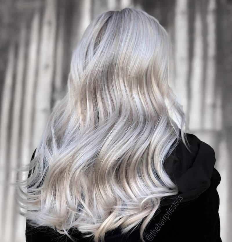 capelli bianchi sfumature bionde 2019