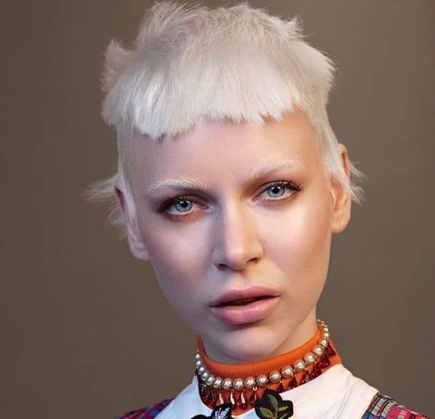 capelli corti bianchi tonyguy estate 2019