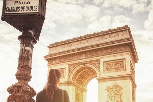 donna viaggio parigi