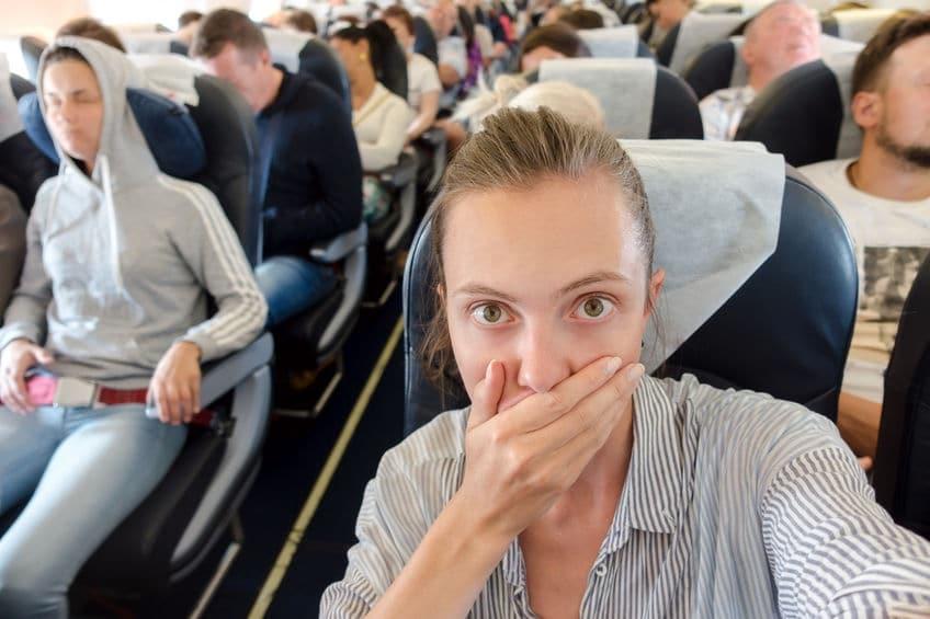 donna in viaggio paura