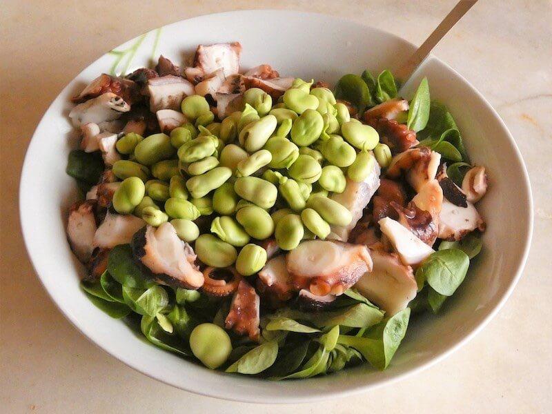 insalata polpo verdure crude - fave