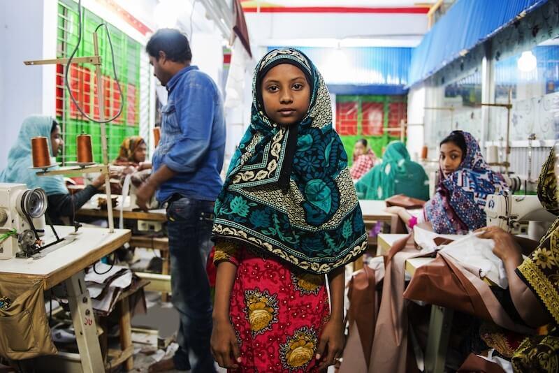 bangladesh bambine lavoro sfruttamento