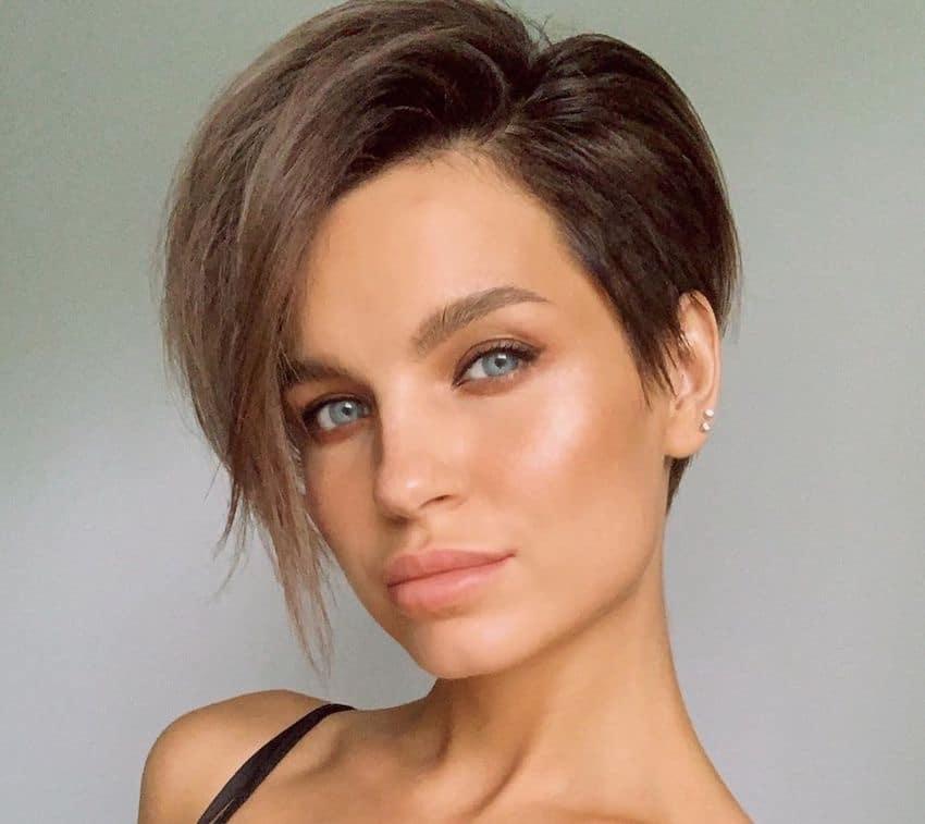 tagli capelli corti senza frangia 2019